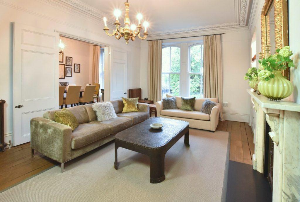 Royale Apartment